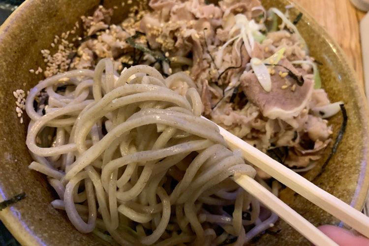 池袋『壬生』の「肉そば」が旨辛のつけめんみたいに美味しい!
