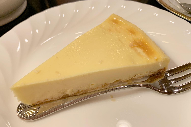 喫茶店 カフェ・ド・巴里 池袋西口店 ニューヨークチーズケーキ