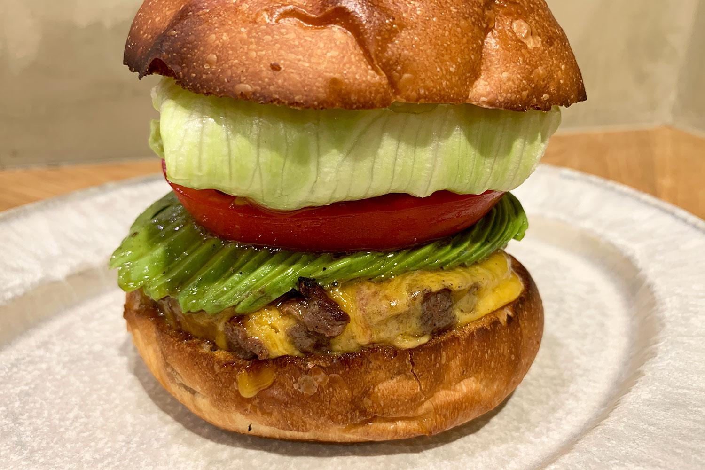 NO18 池袋 ハンバーガー 隠れ家 アボガドチーズバーガー