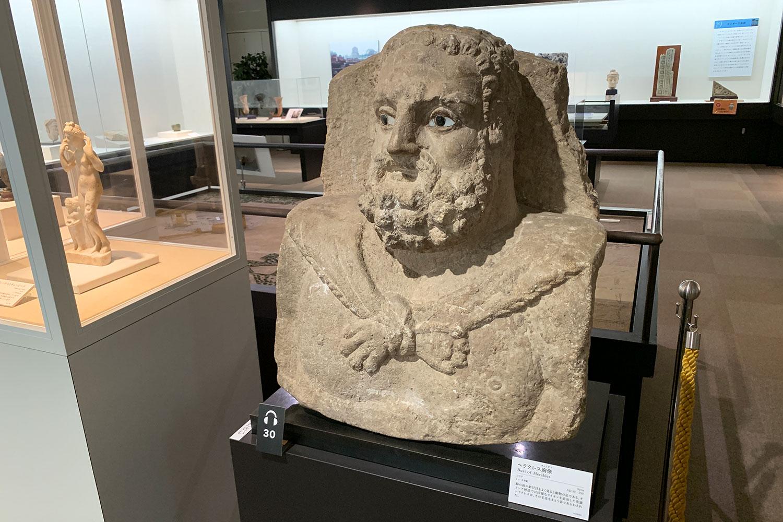 古代オリエント博物館 展示品 ヘラクレス銅像