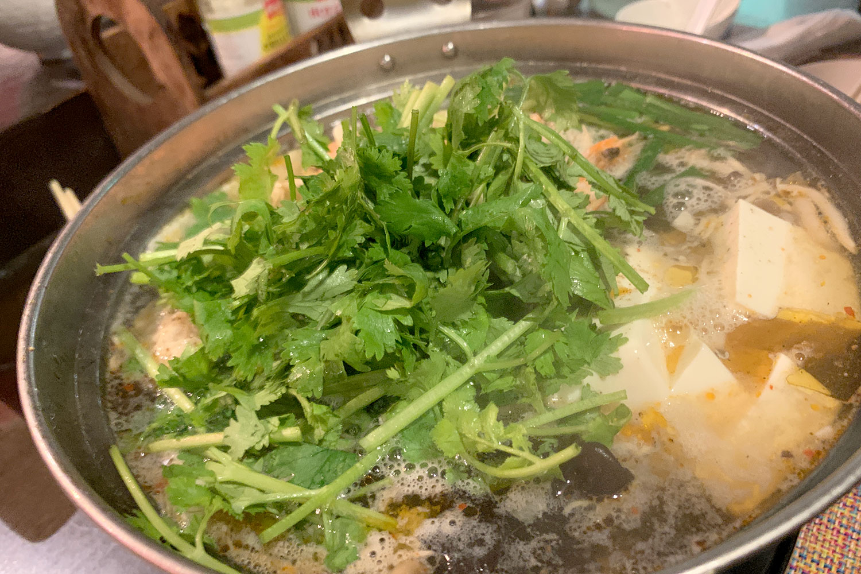 池袋 Asian Bistro Tao パクチー鍋