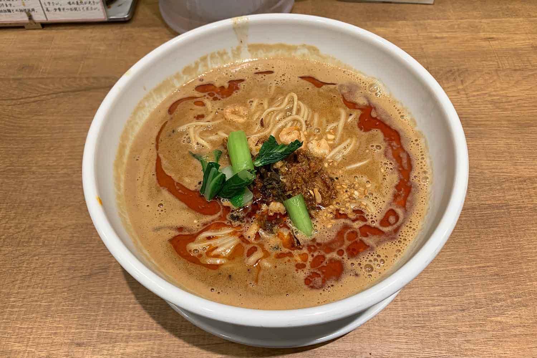 池袋『シビカラ担担麺 飯塚』の「麻辣担々麺」をいただく