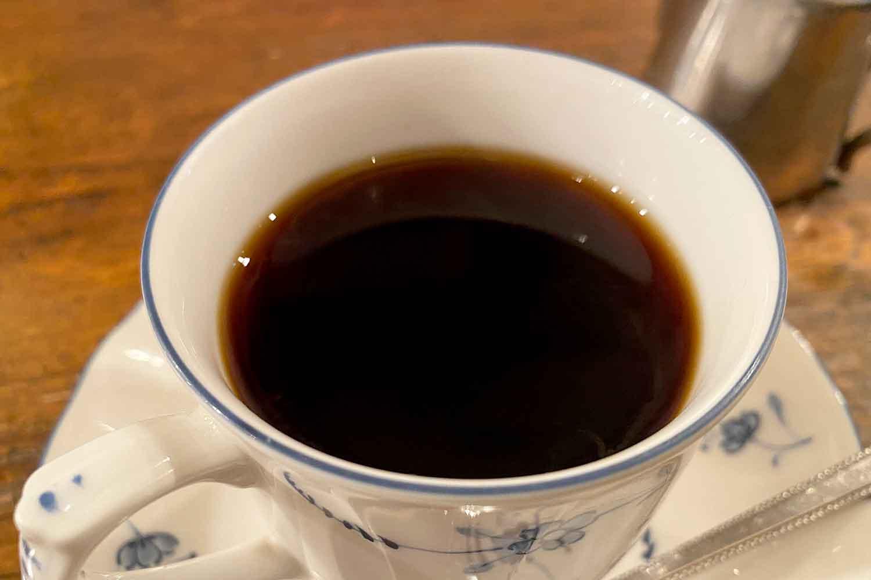 池袋の喫茶店「コーヒーハウスピステ」のブレンドコーヒー